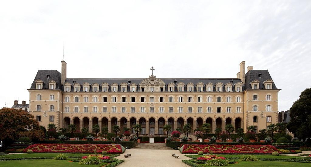 Palais Saint George